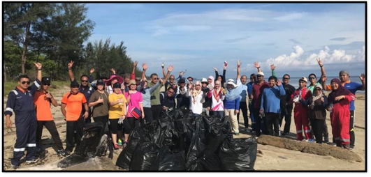 HAS and ATDC Showed Combined Effort n Beach Cleaning Campaign
